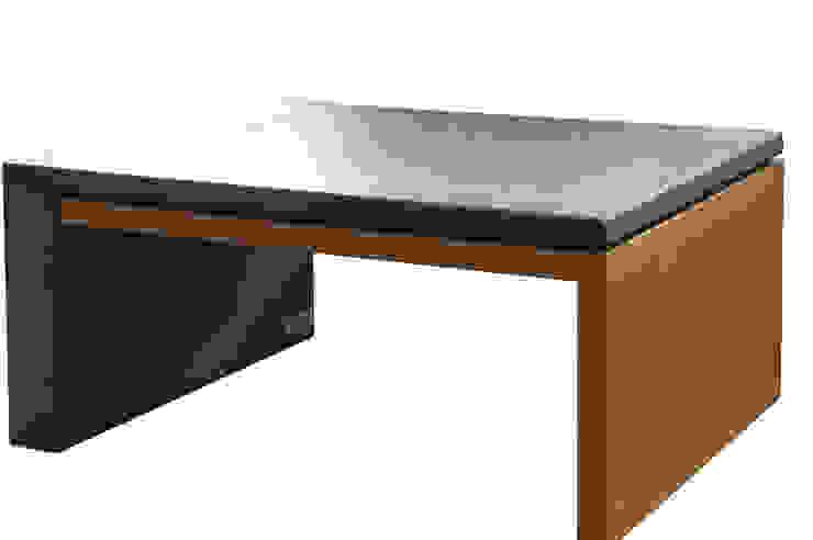 Stół z betonu architektonicznego połączony z drewnem od Bettoni Nowoczesny Drewno O efekcie drewna