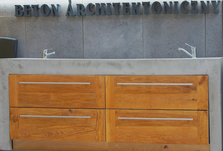 Umywalka - beton architektoniczny Nowoczesna łazienka od Bettoni Nowoczesny Drewno O efekcie drewna