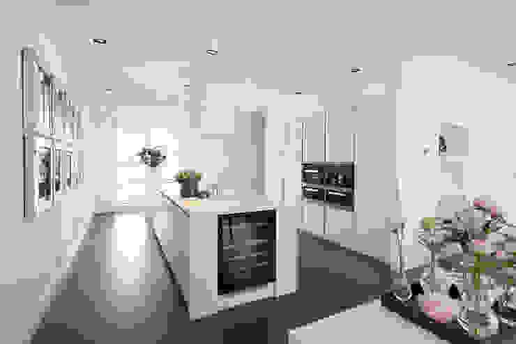 Cocinas de estilo moderno de Tieleman Keukens Moderno