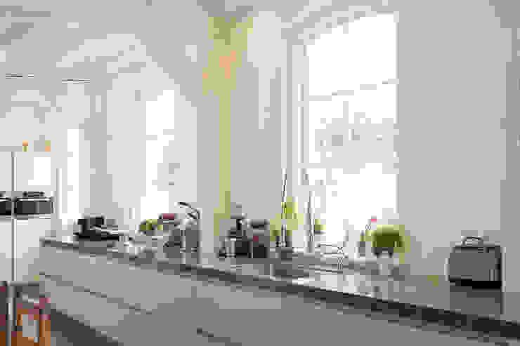 Kitchen by Tieleman Keukens, Modern