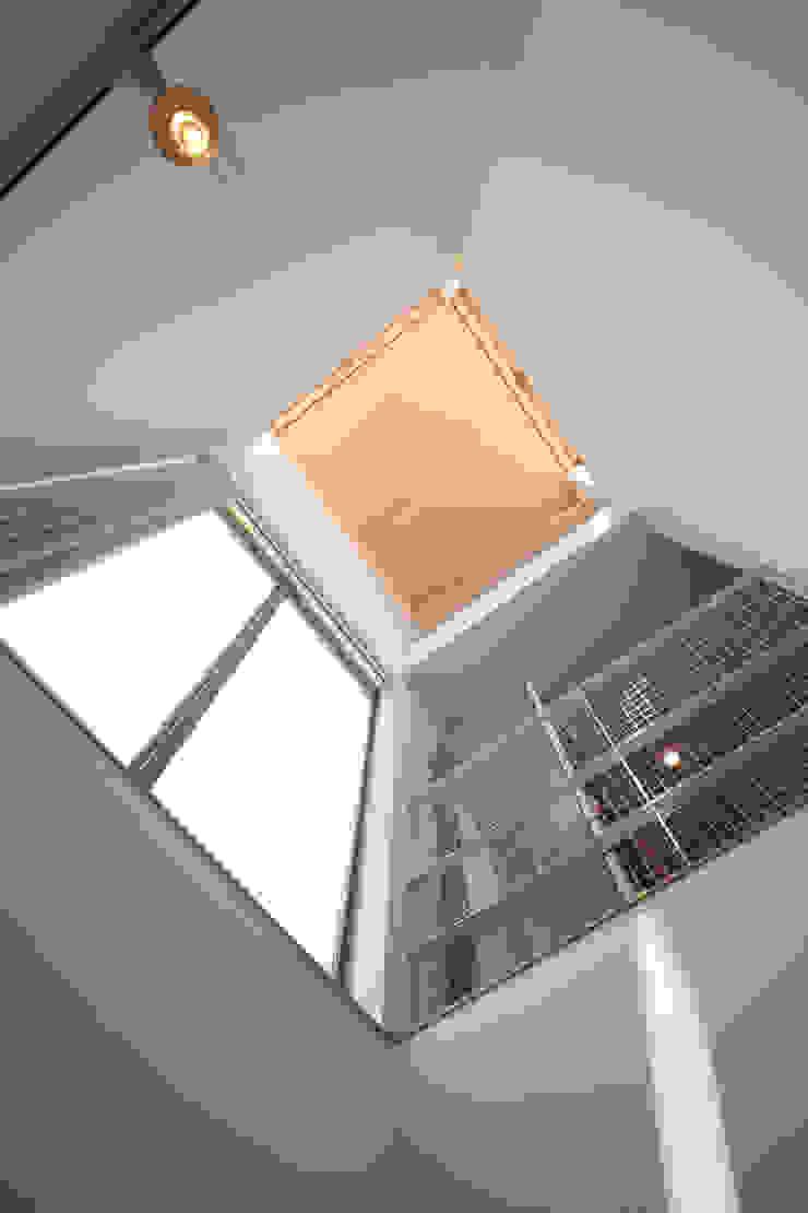 船原町の家 モダンな 窓&ドア の 加門建築設計室 モダン