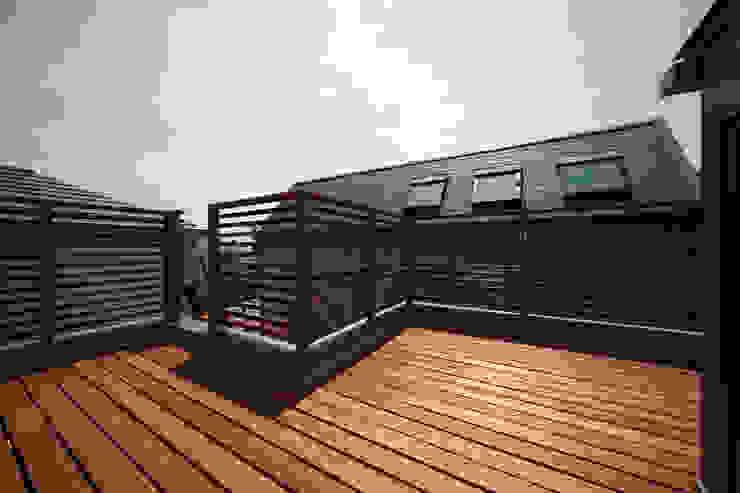 船原町の家 モダンデザインの テラス の 加門建築設計室 モダン