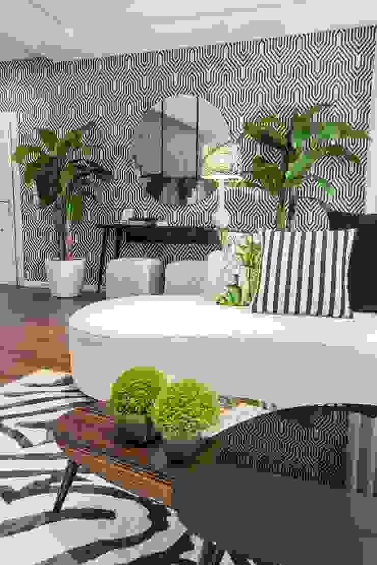 Sala Tropical Chic Movelvivo Interiores SalasSalas y sillones Blanco