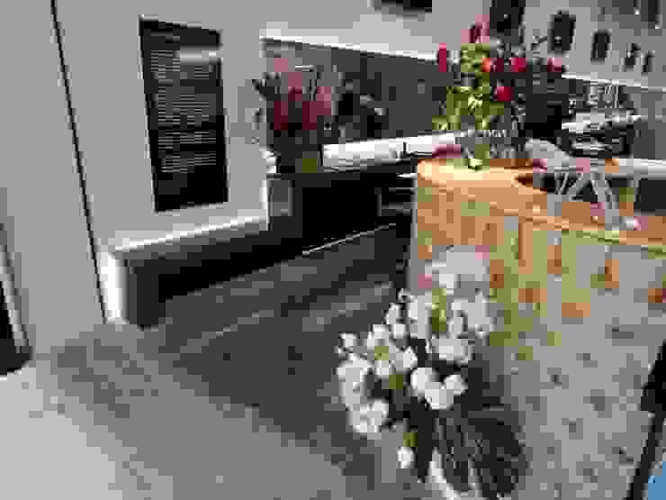 Centro de Diseño de Imagen de Fabrica210 Ecléctico