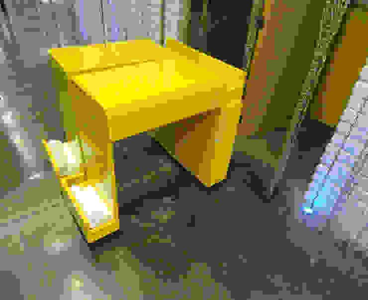 Mesa para manicure de Fabrica210 Ecléctico