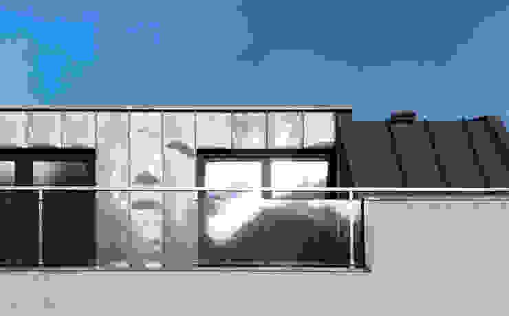 Casa de Sá: Terraços  por Sónia Cruz - Arquitectura