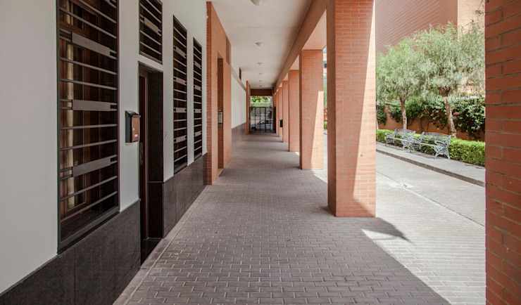 Mohedano Estudio de Arquitectura S.L.P. Дома в стиле модерн