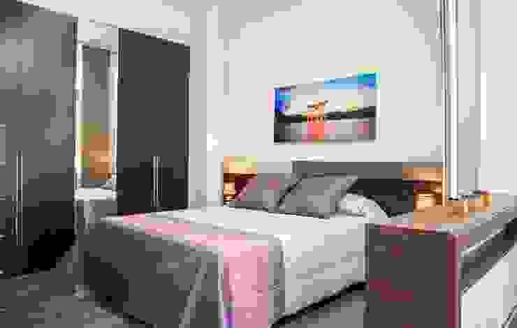 Chambre moderne par Mohedano Estudio de Arquitectura S.L.P. Moderne