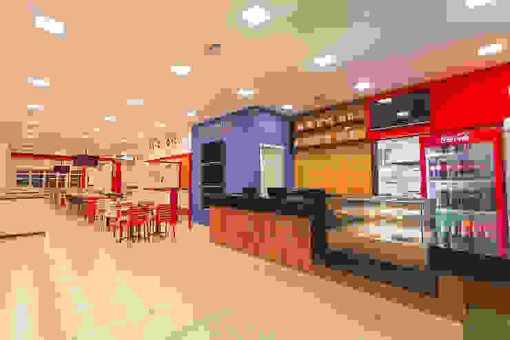Habib's Bancários Salas de jantar modernas por Martins Lucena Arquitetos Moderno