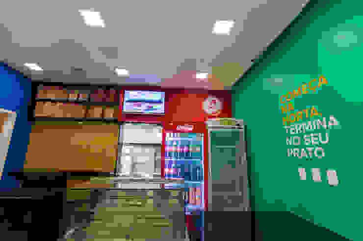 Habib's Bancários Cozinhas modernas por Martins Lucena Arquitetos Moderno