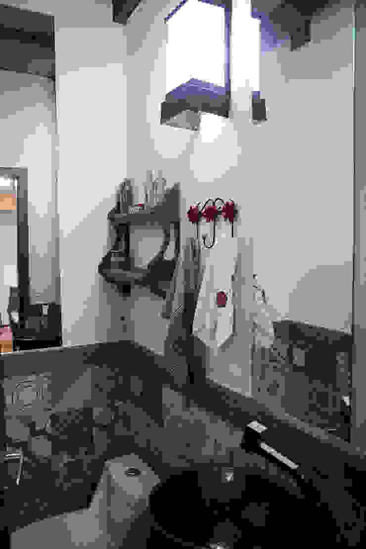 Casa aconchegante Banheiros rústicos por Barbara Fantelli arquitetura e interiores Rústico