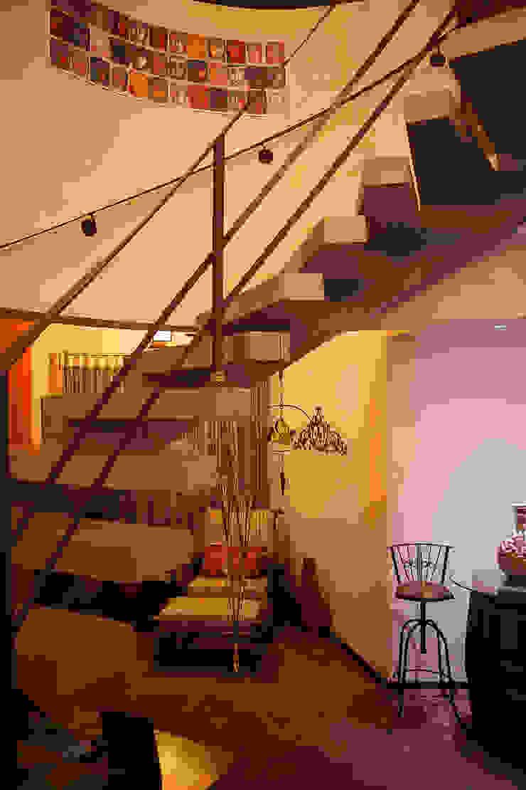 Casa aconchegante Corredores, halls e escadas rústicos por Barbara Fantelli arquitetura e interiores Rústico