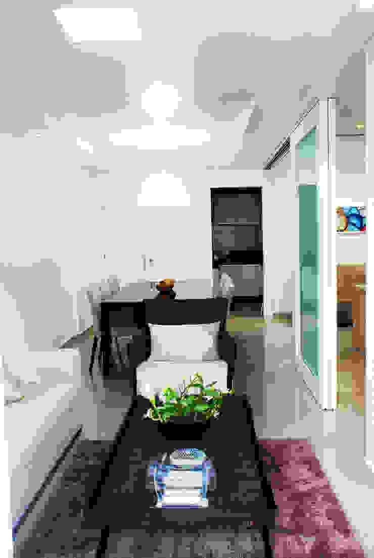 Apartamento MC Salas de estar modernas por Martins Lucena Arquitetos Moderno