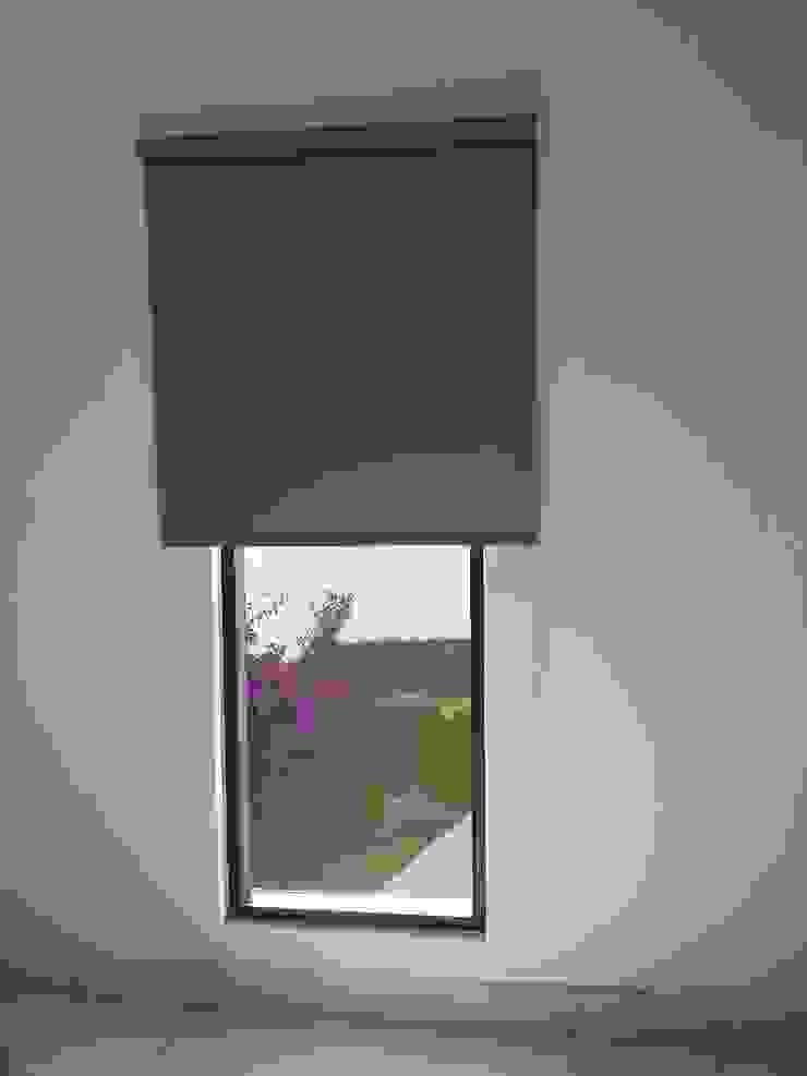 Alta Decoracion Dormitorios modernos de ALTA DECORACION Moderno Plástico