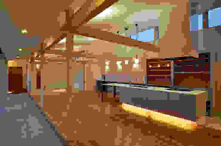 DOMA モダンデザインの リビング の TAC一級建築士事務所 モダン