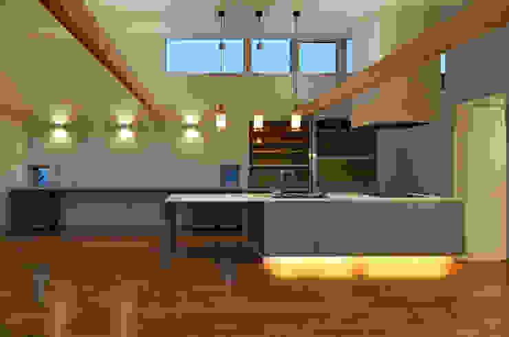 DOMA モダンな キッチン の TAC一級建築士事務所 モダン