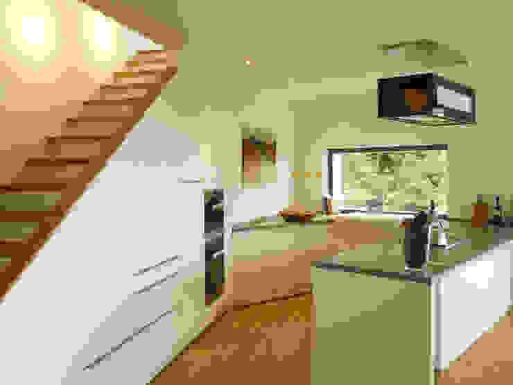 Cocinas de estilo moderno de K2 Architekten GbR Moderno