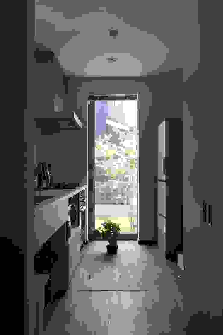 ピアノと暮らす家 北欧デザインの キッチン の アトリエグローカル一級建築士事務所 北欧