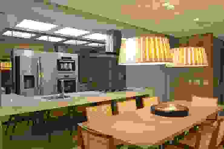 Apartamento Itacorubi Gran Classic 1 Salas de jantar modernas por ANNA MAYA ARQUITETURA E ARTE Moderno