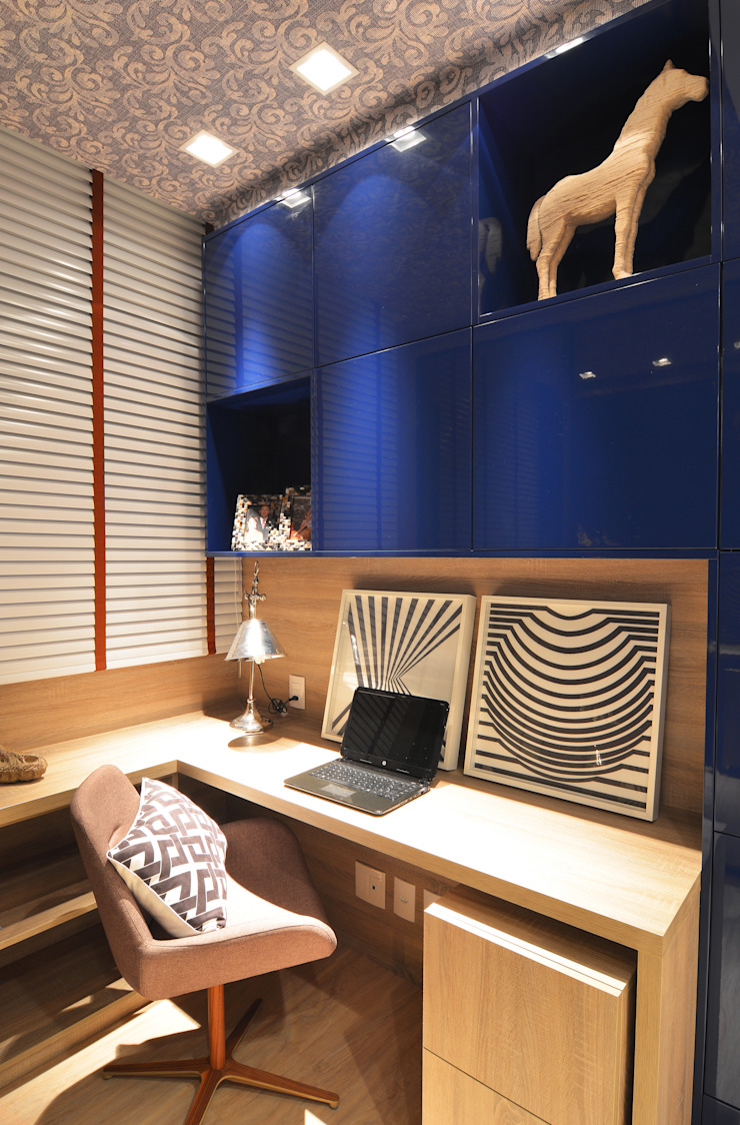 Apartamento Itacorubi Gran Classic 1 Escritórios modernos por ANNA MAYA ARQUITETURA E ARTE Moderno Madeira Efeito de madeira