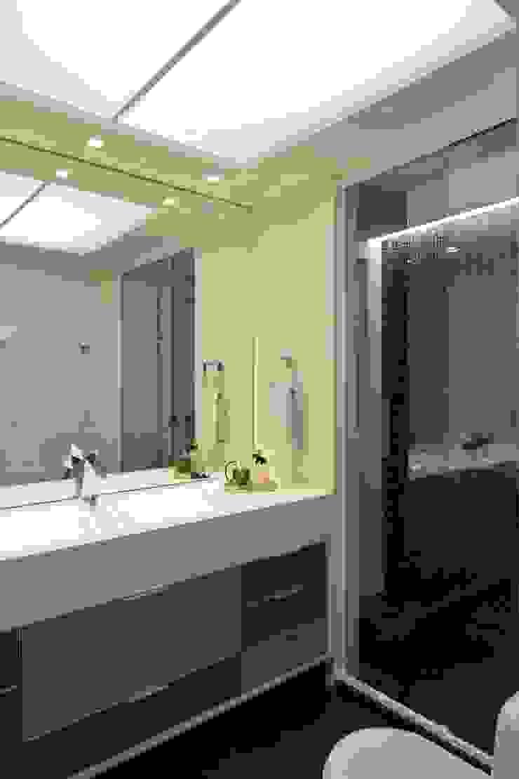Apartamento Orla Marítima Banheiros modernos por ANNA MAYA ARQUITETURA E ARTE Moderno Vidro