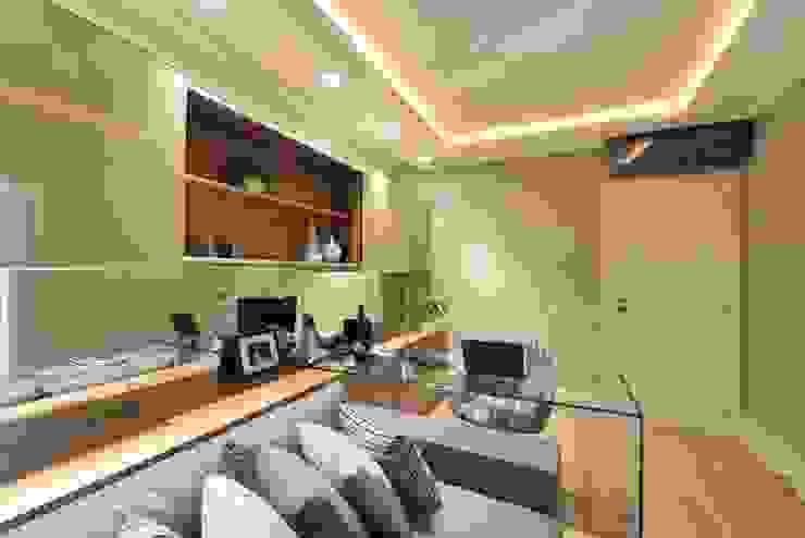 Apartamento Orla Marítima Escritórios modernos por ANNA MAYA ARQUITETURA E ARTE Moderno Vidro