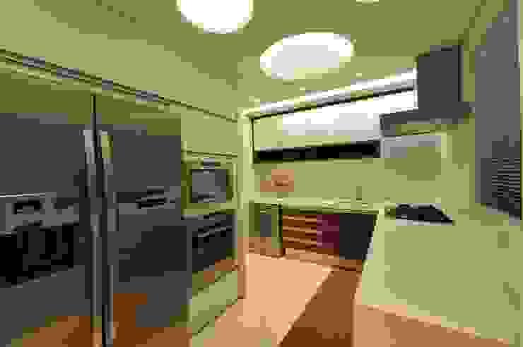 Nhà bếp phong cách hiện đại bởi ANNA MAYA ARQUITETURA E ARTE Hiện đại MDF