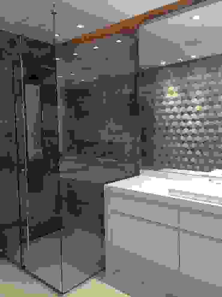 Rustic style bathroom by ANNA MAYA ARQUITETURA E ARTE Rustic Ceramic