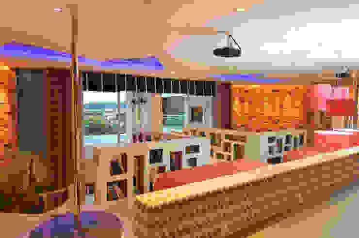Rustic style bedroom by ANNA MAYA ARQUITETURA E ARTE Rustic Bricks