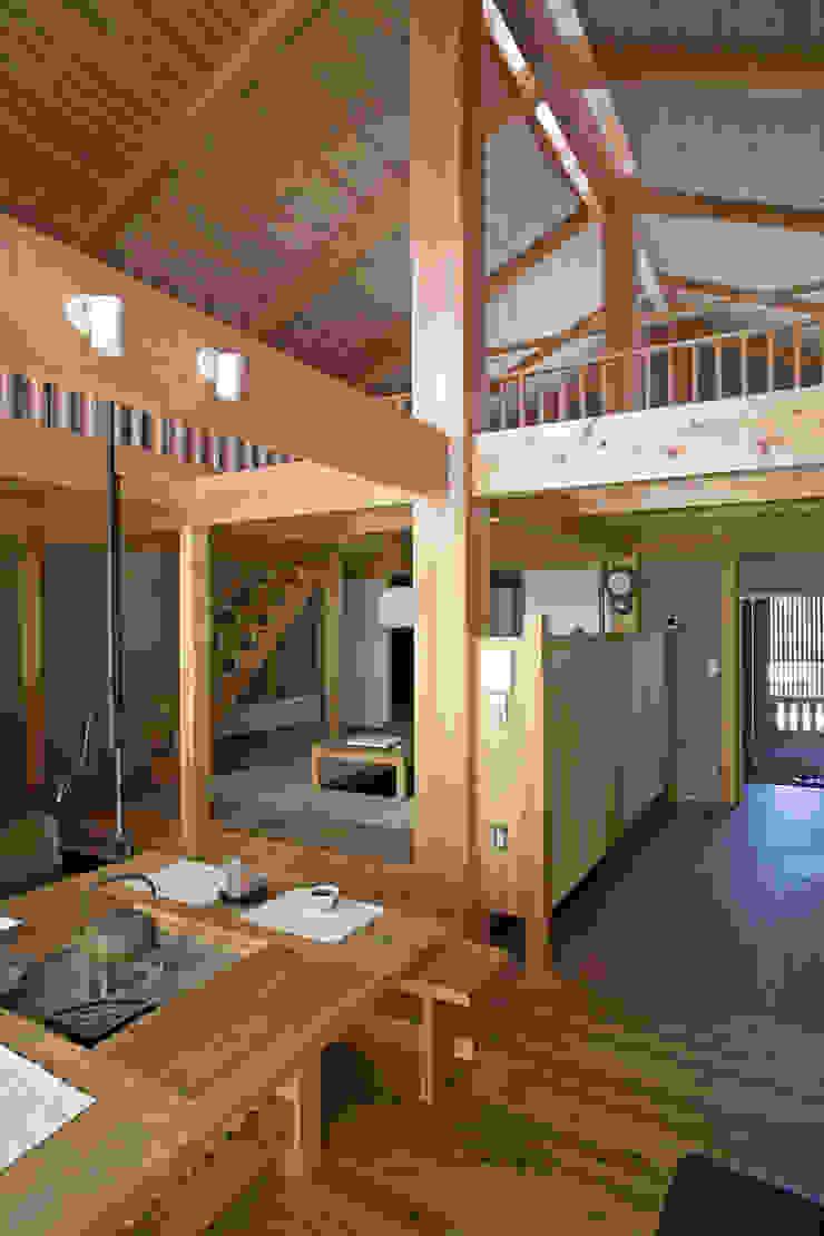 伝統構法で造る土壁の家 オリジナルデザインの ダイニング の 尾日向辰文建築設計事務所 オリジナル