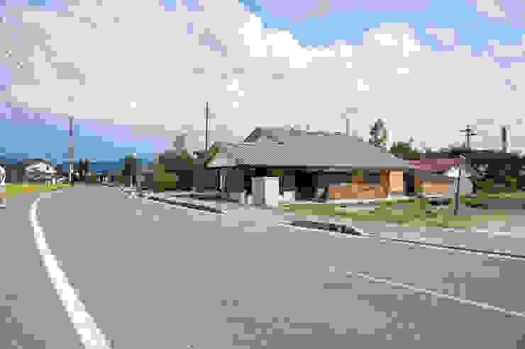 伝統構法で造る土壁の家: 尾日向辰文建築設計事務所が手掛けた家です。,オリジナル