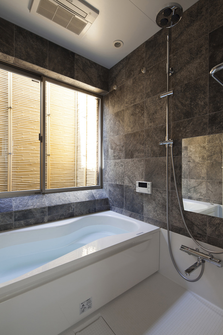 浴室|ハーフバス|桜坂の家 オリジナルスタイルの お風呂 の U建築設計室 オリジナル