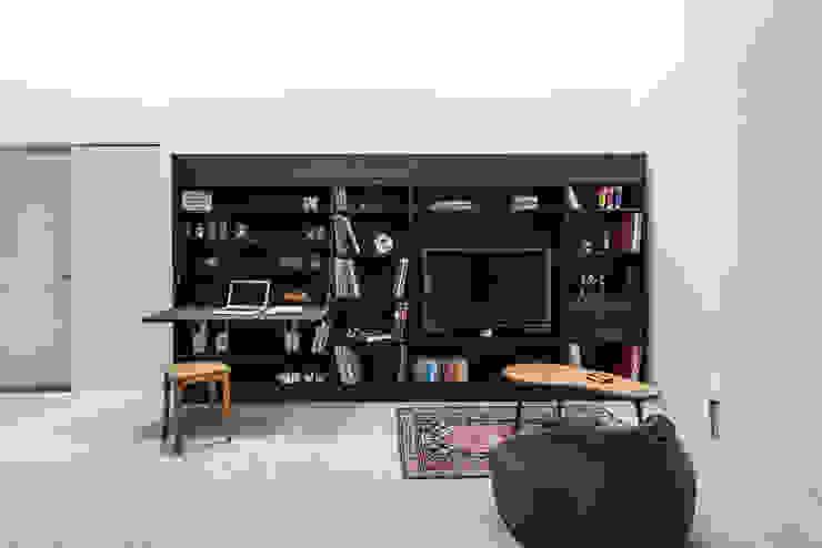 Till Könneker Living roomTV stands & cabinets