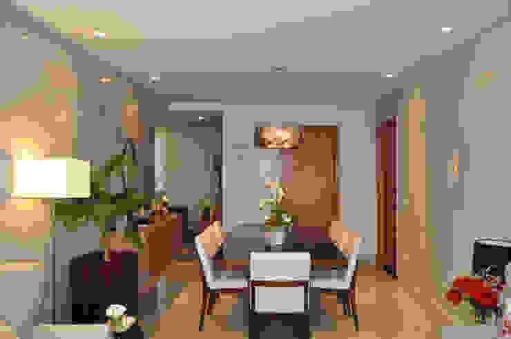 Sala de jantar Salas de jantar modernas por Novità - Reformas e Soluções em Ambientes Moderno