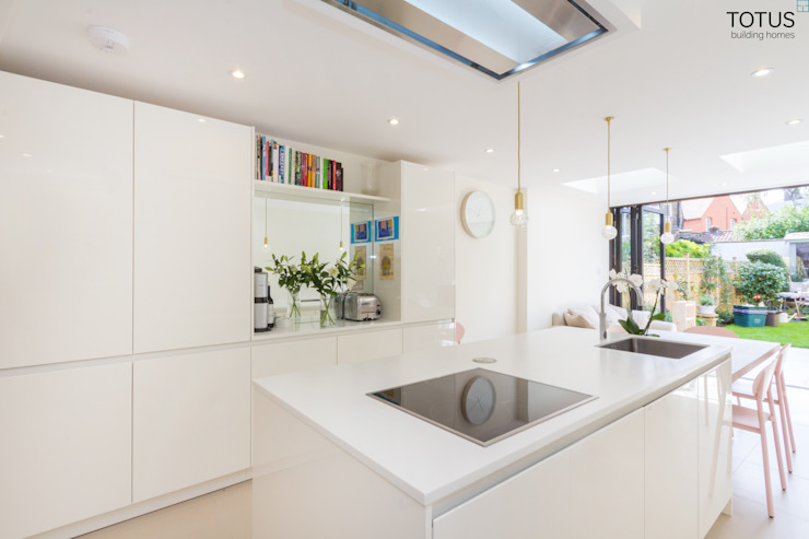 Extension and renovation, Wimbledon SW19 Cozinhas modernas por TOTUS Moderno