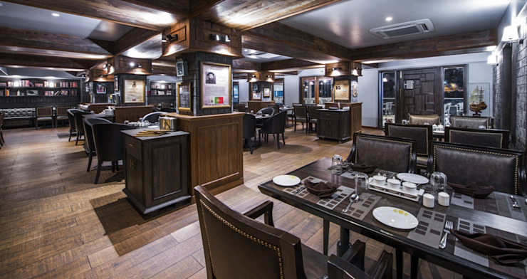 'voyage' restaurant for royal connaught boat club pune. Classic bars & clubs by Wings the design studio Classic