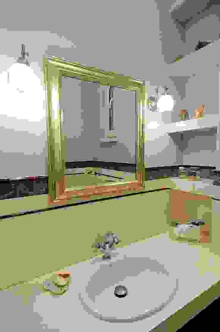 ARTEMA PRACOWANIA ARCHITEKTURY WNĘTRZ Classic style bathroom