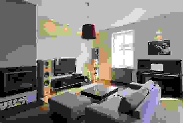 Apartament w sercu Krakowa Nowoczesny salon od ARTEMA PRACOWANIA ARCHITEKTURY WNĘTRZ Nowoczesny