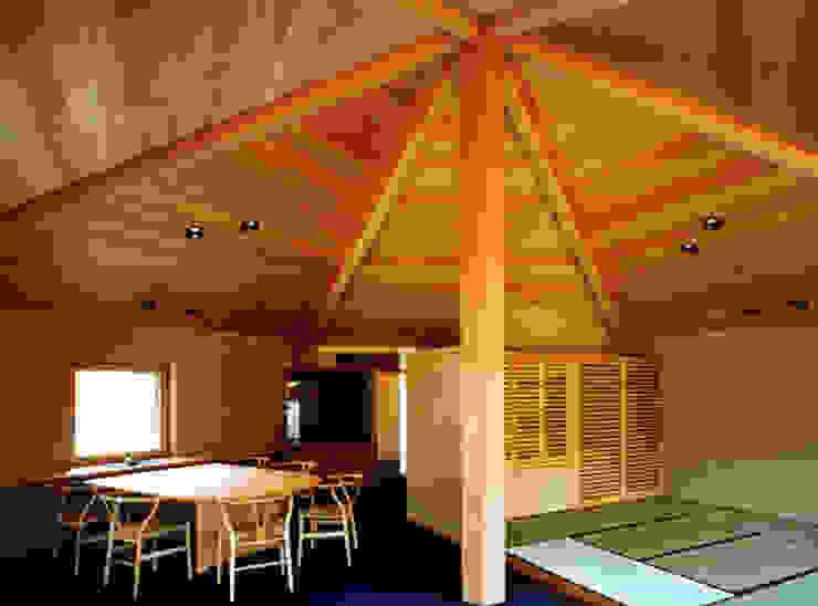 ダイニングと座敷 オリジナルデザインの ダイニング の 松井建築研究所 オリジナル