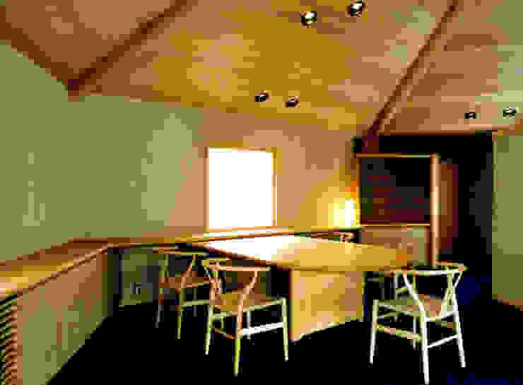 ダイニング オリジナルデザインの ダイニング の 松井建築研究所 オリジナル