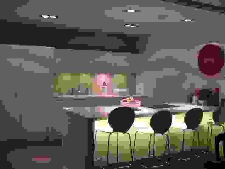Modern kitchen by ŁUKASZ ŁADZIŃSKI ARCHITEKT Modern