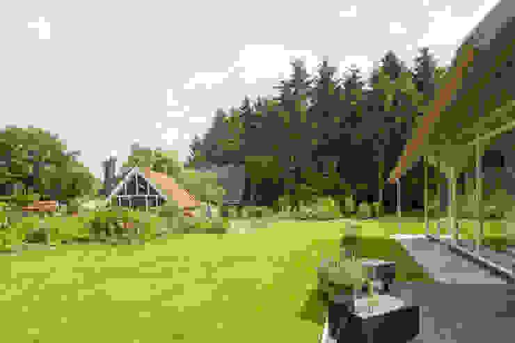Den Ham03:  Tuin door hamhuis architecten, Landelijk