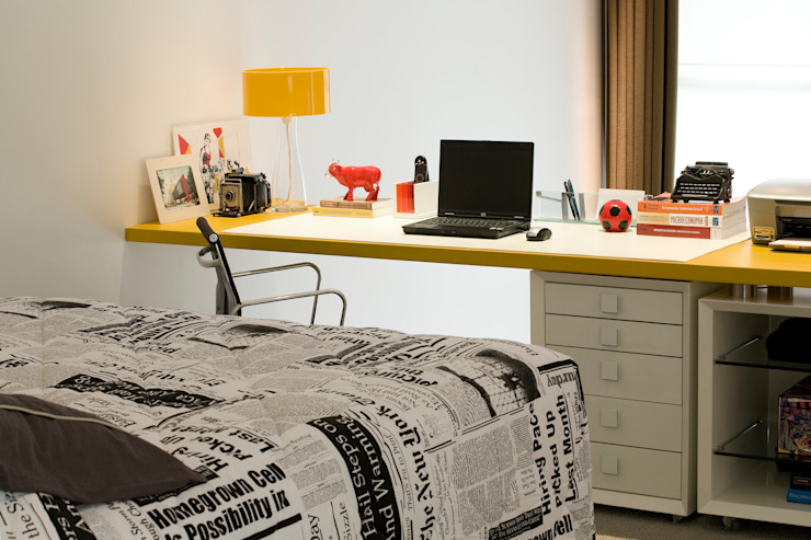 EVELIN SAYAR ARQUITETURA E INTERIORES Спальня в стиле модерн