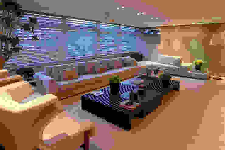 Apartamento Asa Sul Brasília 2013 Salas de estar modernas por Elaine Vercosa Moderno