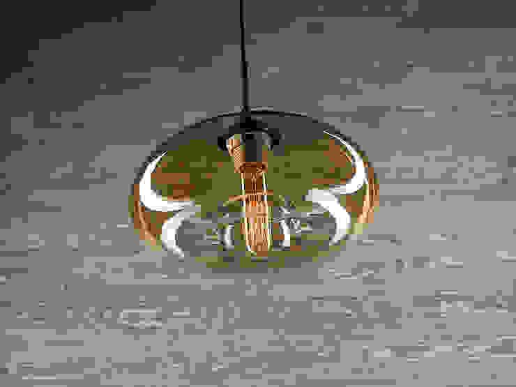 LONDON LOFT NO. 3 B – LAMPA WISZĄCA od Altavola Design Sp. z o.o. Nowoczesny Szkło