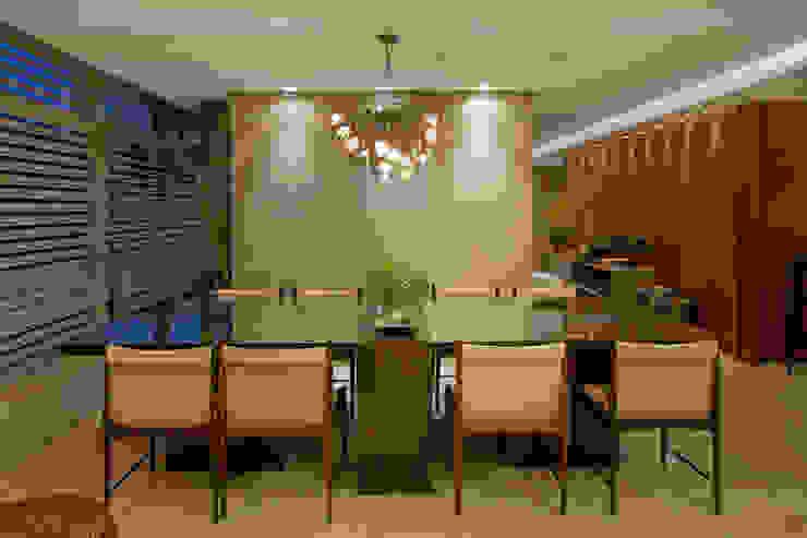 Apartamento Asa Sul Brasília 2013 Salas de jantar modernas por Elaine Vercosa Moderno