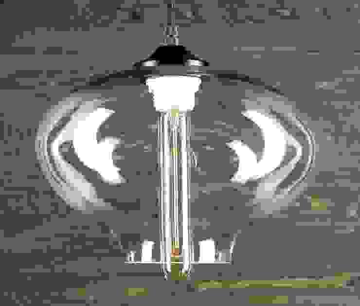 LONDON LOFT NO. 6 – LAMPA WISZĄCA od Altavola Design Sp. z o.o. Nowoczesny Szkło