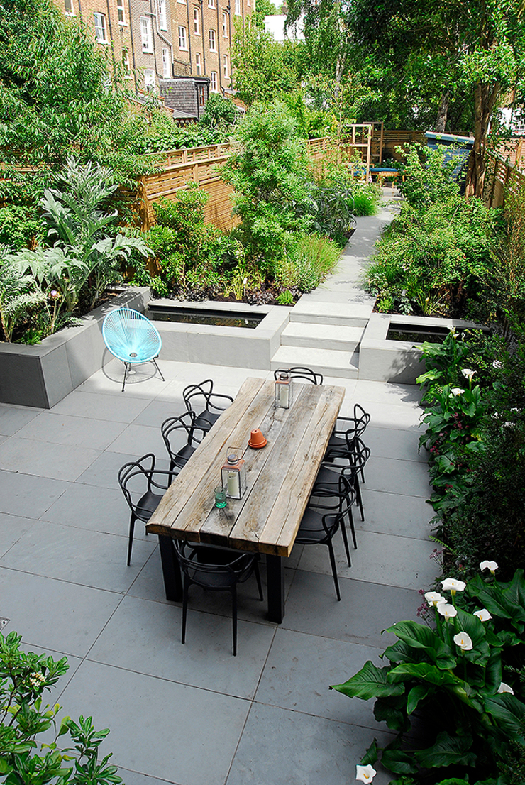 Contemporary Garden Design by London Based Garden Designer Josh Ward Modern garden by Josh Ward Garden Design Modern Wood Wood effect