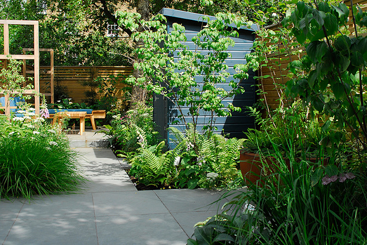 Contemporary Garden Design by London Based Garden Designer Josh Ward Modern garage/shed by Josh Ward Garden Design Modern Wood Wood effect
