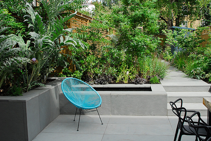 Contemporary Garden Design by London Based Garden Designer Josh Ward Jardins modernos por Josh Ward Garden Design Moderno